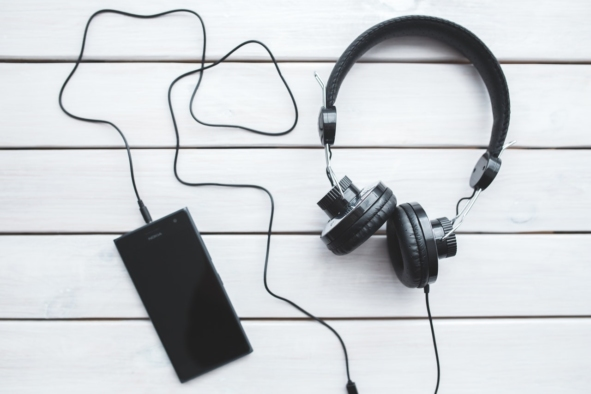FEATURED IMAGE New York Book Editor 12 27 17 Tips for Turning Your Novel into an Audiobook